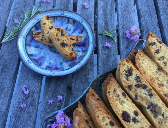 rosemary biscotti ready to eat