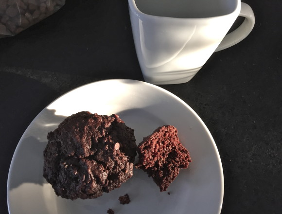 nettle chocolate muffin
