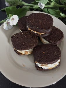 plate of s'more cookies