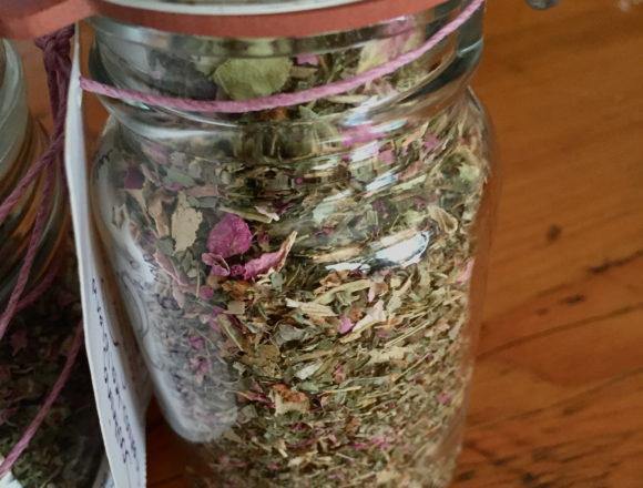 blend of linden, lemon balm, rose, tulsi